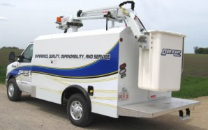 Telescoping Aerial Lifts (Enclosed Body Mounted)
