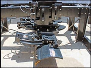 Henderson Oscillating Underbody Scraper
