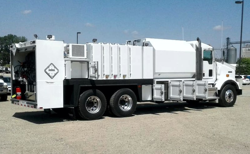Maintainer new model 2 Ton Lube Truck